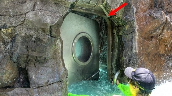 آسانسور آبی