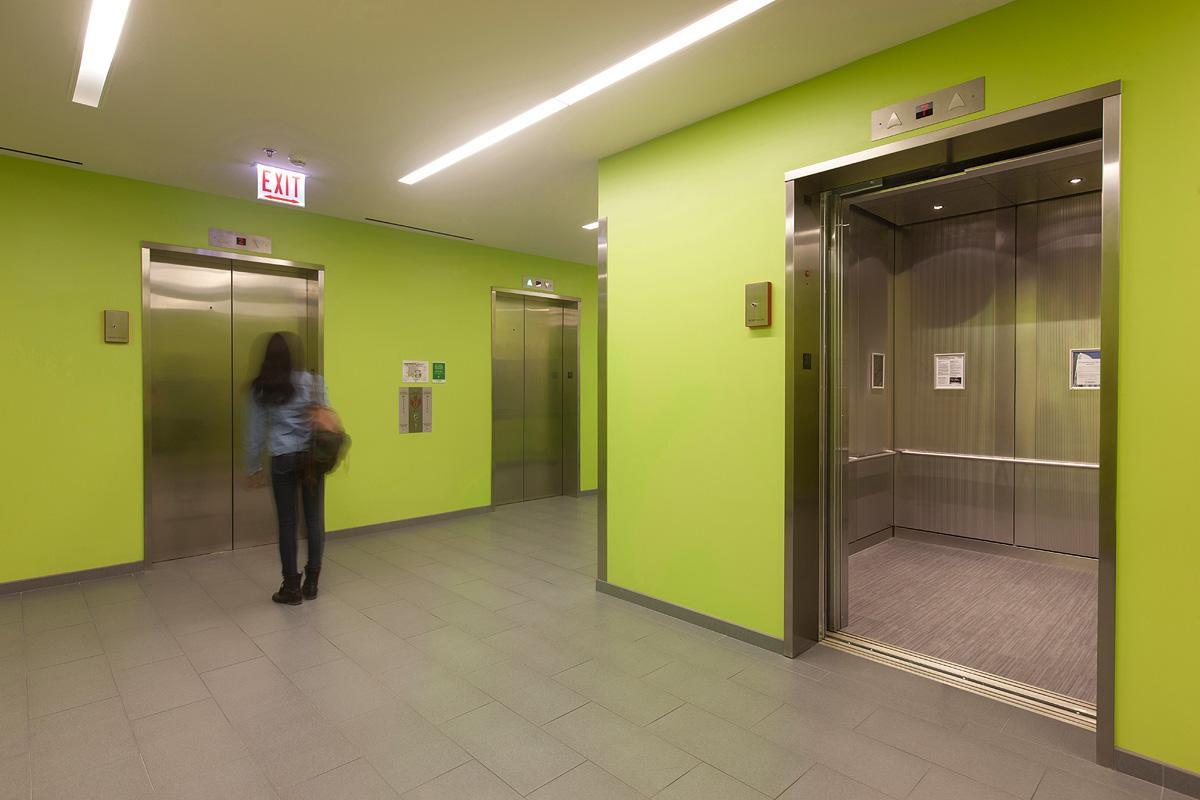 نكات استفاده از آسانسور