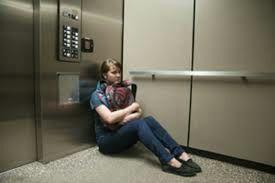 حرکت دستی آسانسور